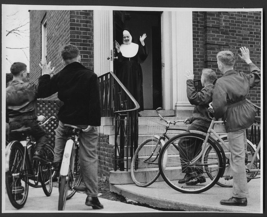 Sister with children and bikes